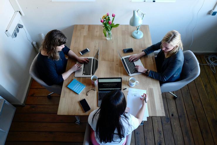 arrange a meeting 02